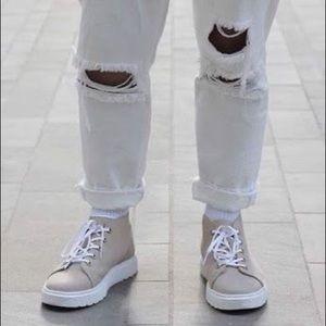 DR MARTENS Baynes ankle boots